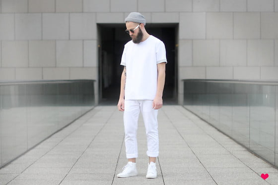 Giữ gìn quần áo màu trắng