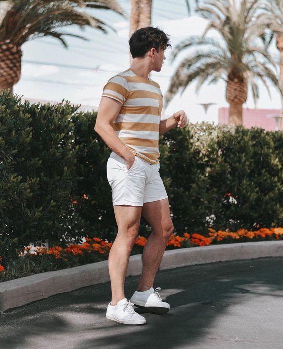 kiểu mix quần short ngắn và áo thun nam