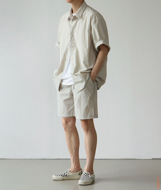 Top 7 kiểu áo thun nam đẹp HOT 2020 cho bạn trai