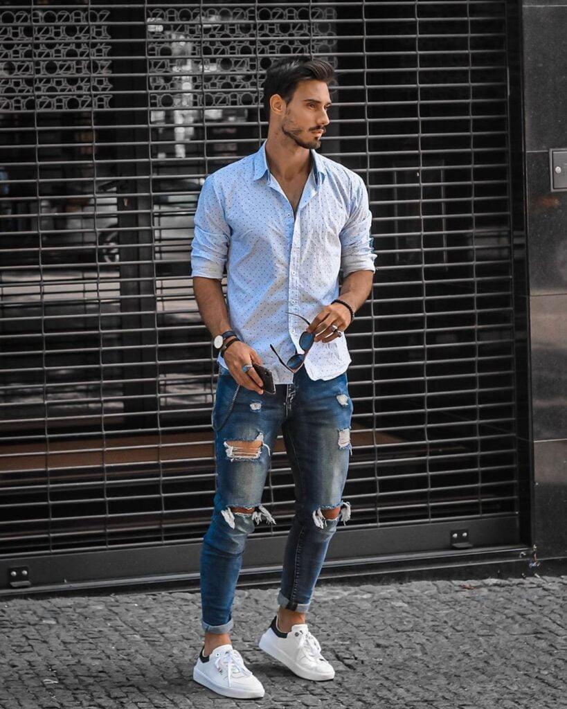 Top 7 áo nam phối cùng với quần jeans rách Top-7-ao-nam-phoi-cung-voi-quan-jeans-rach-tao-phong-cach-dan-choi-1-1