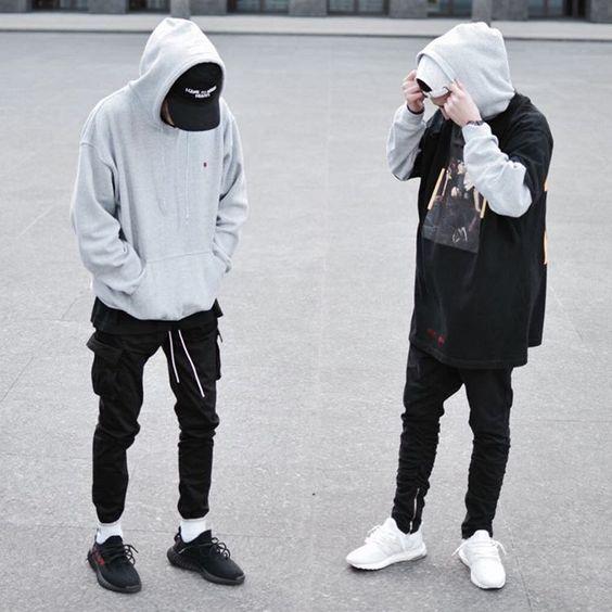Áo hoodie kết hợp với áo bomber