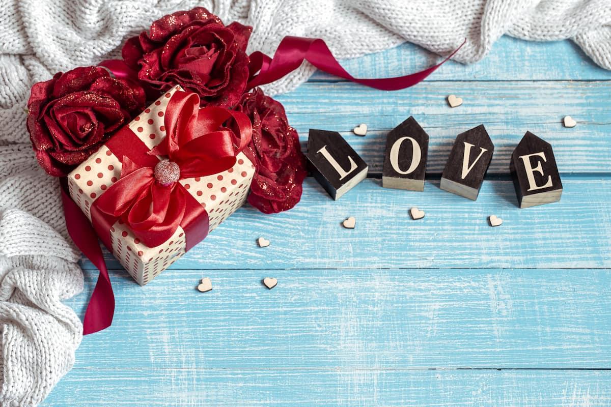tat-tat-ve-ngay-valentine-trang-ma-ban-nen-biet-1