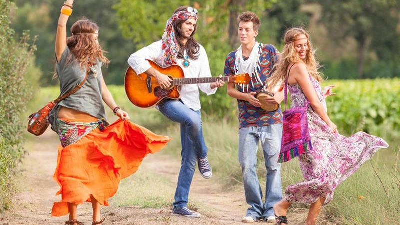 Hippie style - Thời trang phóng khoáng của những gã trai mơ