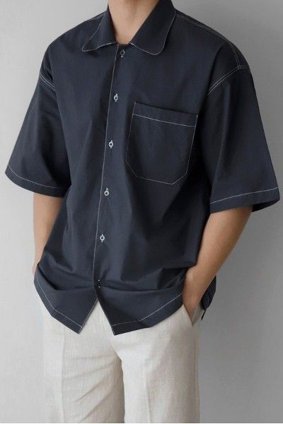 Phối áo sơ mi Hàn Quốc tay ngắn với quần tây đen